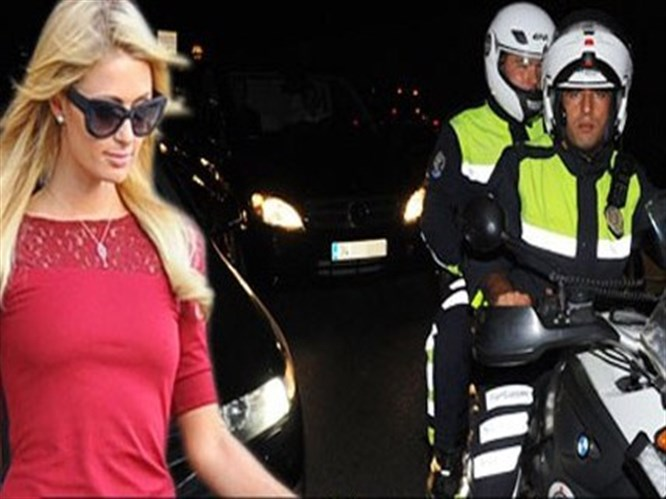 Paris'e trafik polisleri eskort etti