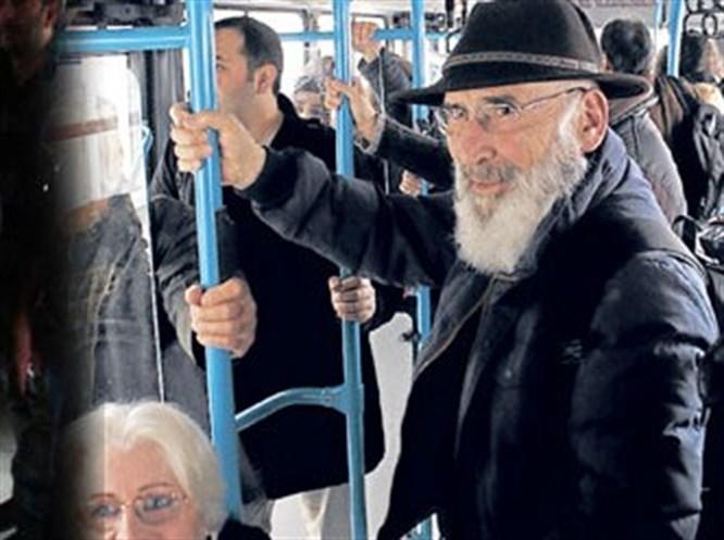 Ebu Suud Efendi halk otobüsünde