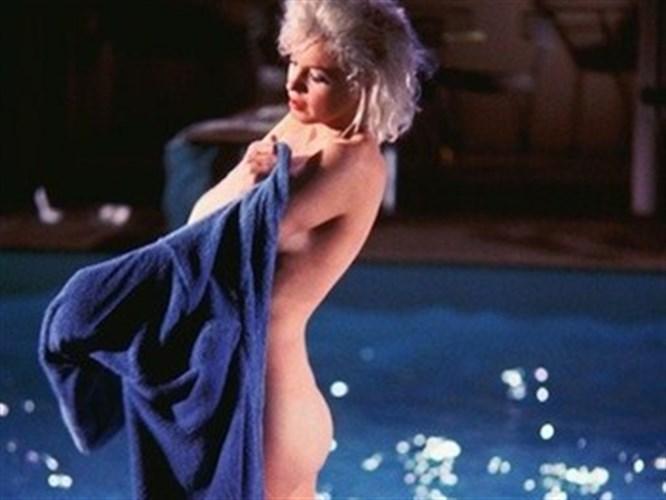 Marilyn Monroe kıskançlıktan soyunmuş