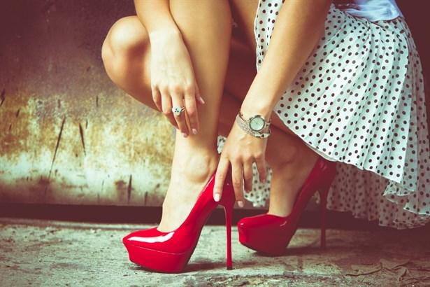 Картинки по запросу high heel