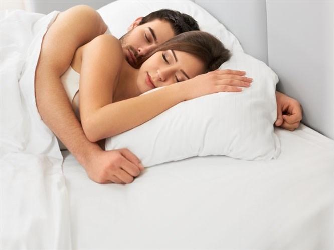 Uyku Pozisyonunuza Göre Aşk Stilinizi Öğrenin!