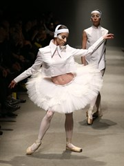 Mercedes-Benz Fashion Week Istanbul  White Posture Defilesi