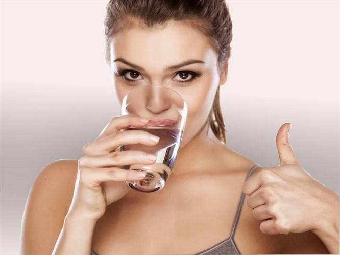 Yetersiz Su İçmek Kilo Aldırıyor!