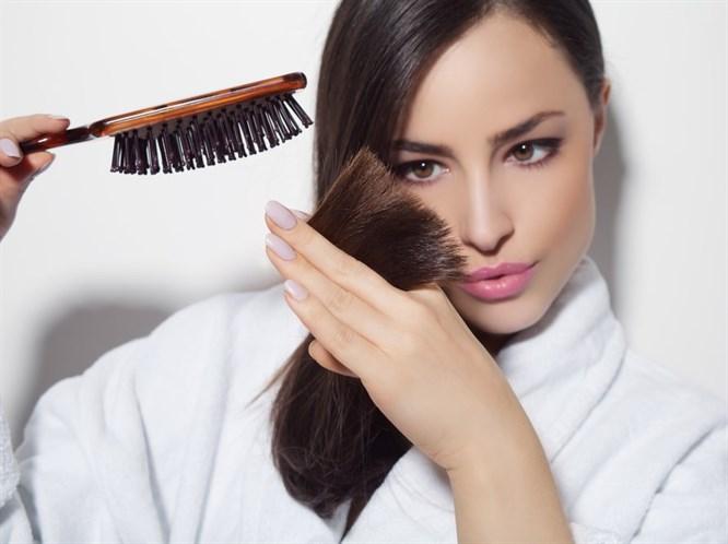 Saçımız Neden Kırılıyor ve Hangi Önlemleri Alabiliriz?