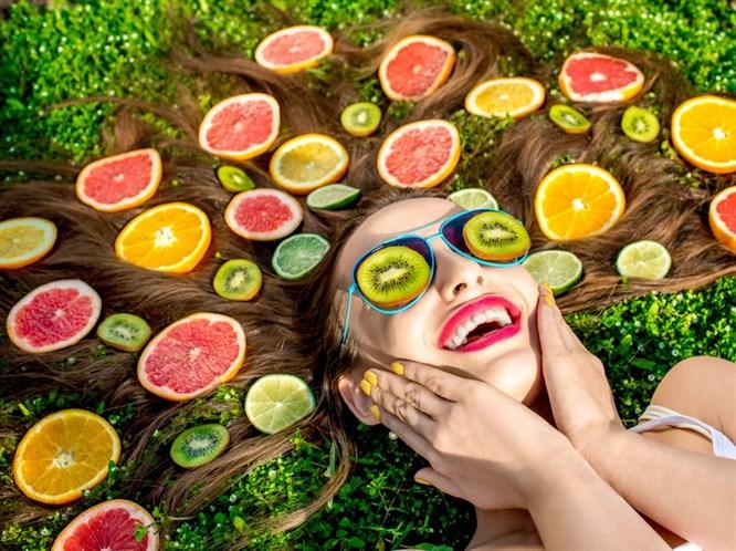 Sağlıklı Saç İçin Hangi Vitaminler Gerekli Nasıl Beslenmeliyiz?