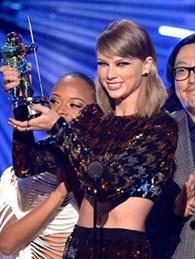 İşte 2015 MTV Video Müzik Ödülleri'nin Kazananı!