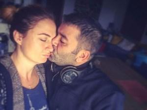 Bülent Şakrak'tan Ceyda Düvenci'ye Ayrılık Öpücüğü