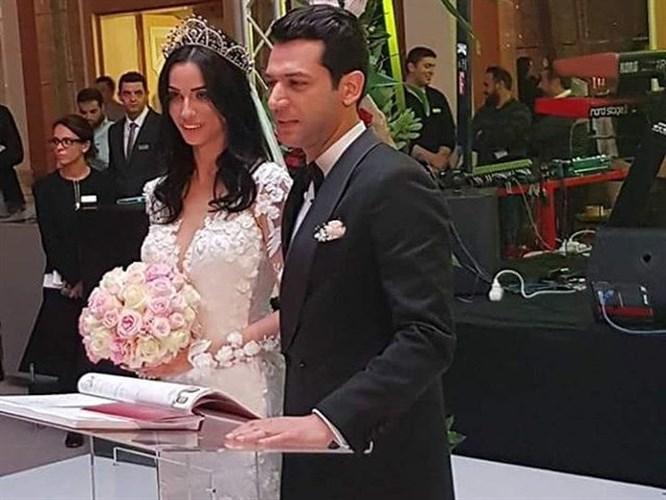 Murat Yıldırım ve Imane Elbani Evlendi!