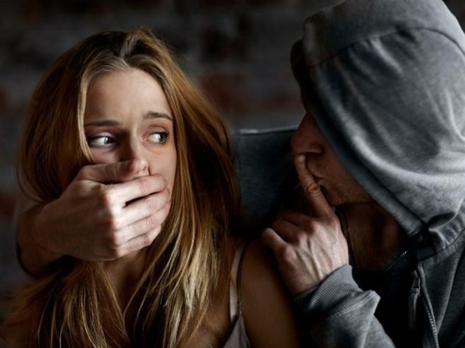 Kadınlar Tacize Uğradıklarını Dile Getirmekten Çekiniyor!