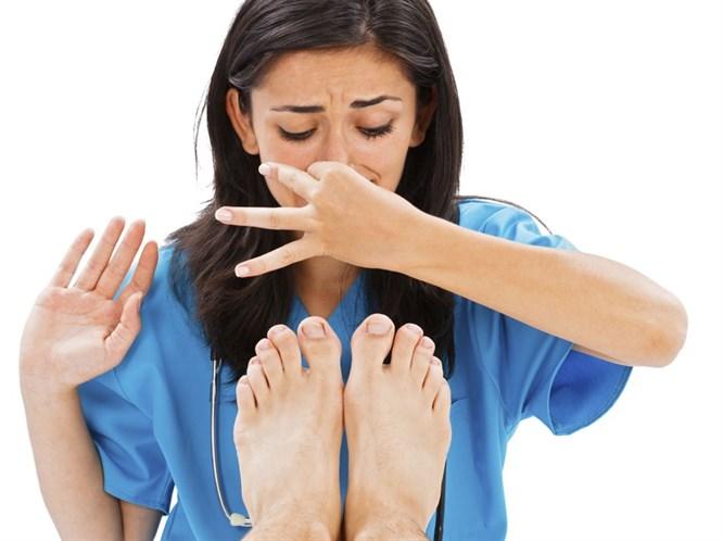Pratik Bilgiler: Ayağınız mı Kokuyor?