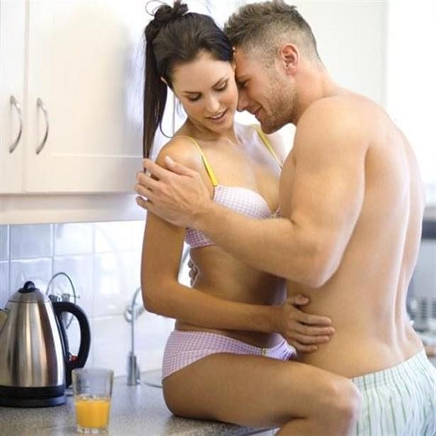 Gerdek gecesi yeni gelin sikişi  Maçka Porno HD sex izle