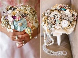 Takılardan Yapılmış Gelin Çiçekleri
