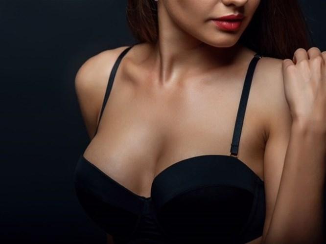 Göğüs Silikonları Zararlı Mı?