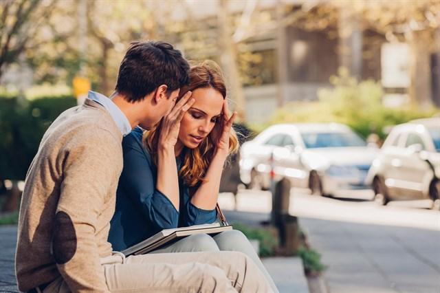 Baş Ağrısı Neden En Çok Kadınlarda Görülür?