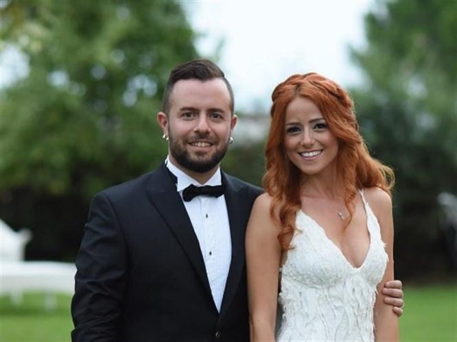 Emre Aydın 3 Ayrı Düğünle Evlendi!