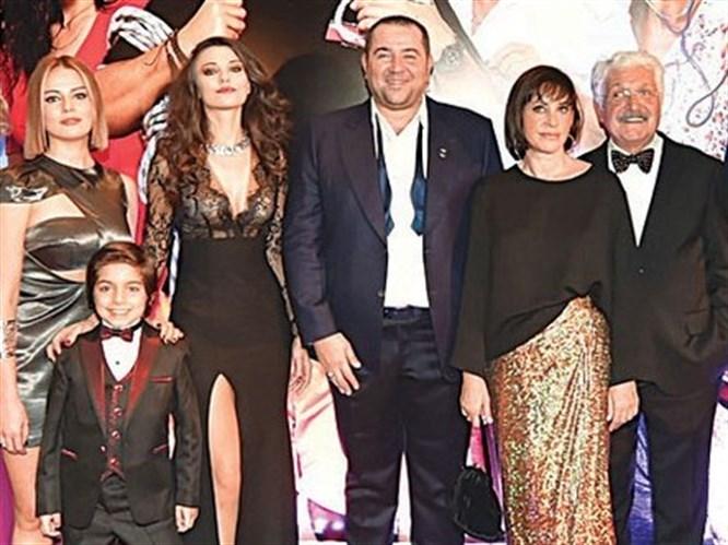 Olanlar Oldu Filminin Galasına Ünlü Akını!