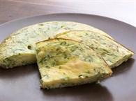 Kahvaltı Sofralarınıza Tat Katacak 6 Omlet Tarifi!