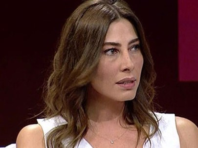 Şenay Akay:''Önce Dudağımdan Öpmeye Kalktı, Sonra Darp Etti''