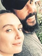 Birce Akalay'ın Sevgilisinden Şaşırtan Takip!