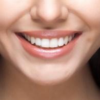 Sararmış Dişlere Elvada! Sırrı Bu Baharatta Saklı!
