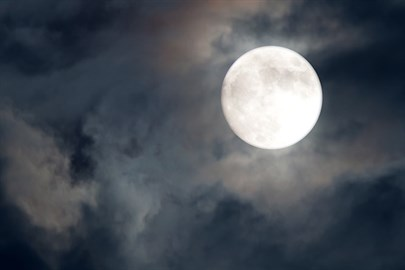 Yılın İlk Süper Ay'ı Gerçekleşti! Burçlara Etkileri...