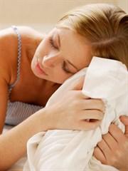 Makyajla Uyumanın Cilde 7 Büyük Zararı