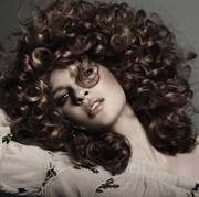 Kıvırcık Saçlar Yaz Aylarında da Kontrol Altında  Egos Curl İle Buklelerinize Enerji Verin