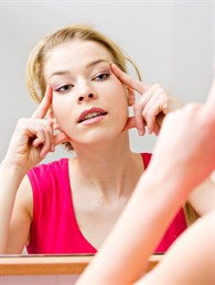 Işıltılı Bir Cilt İçin Yüz Yogası Egzersizleri
