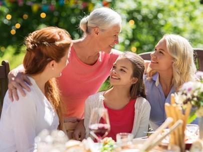 Yaşlılar Görünmek, Gençler Öğrenmek İstiyor