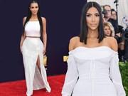 Kim Kardashian'ın En İyi Beyaz Görünümleri