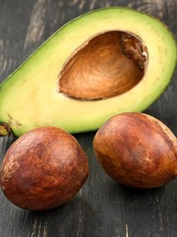Avokado Çekirdeği Nasıl Filizlendirilir?