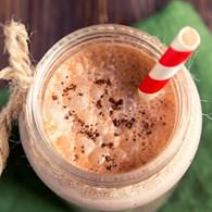 Besleyici Çikolatalı Matcha Smoothie Tarifi