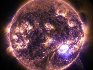 Merkür Güneş'in Kalbinde! Merkür-Güneş Caziminin Burçlara Etkisi