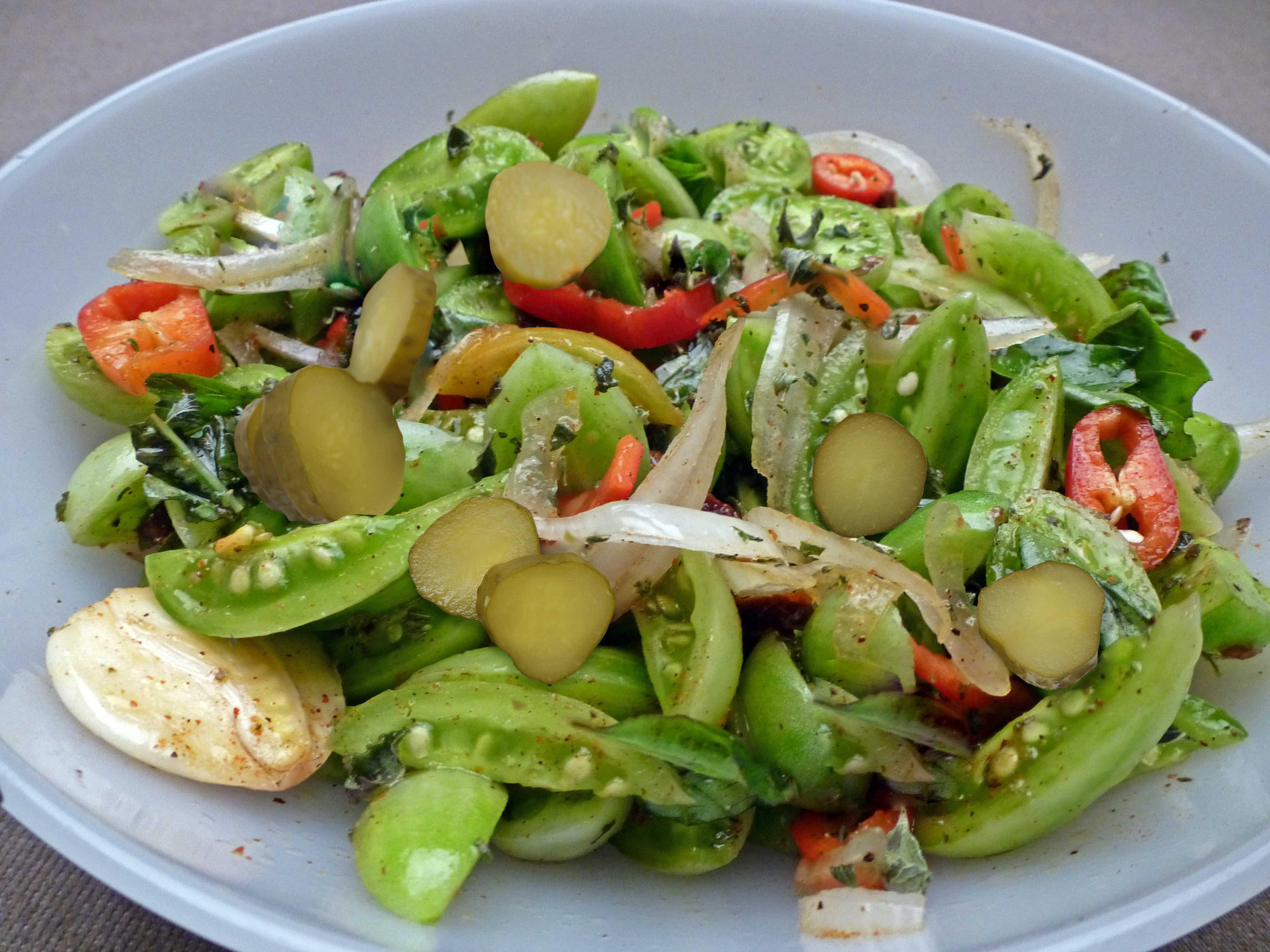 Kornişon Turşulu Yeşil Domates Yemeği